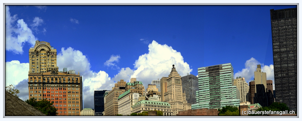 NYC clouds and scyscratcher