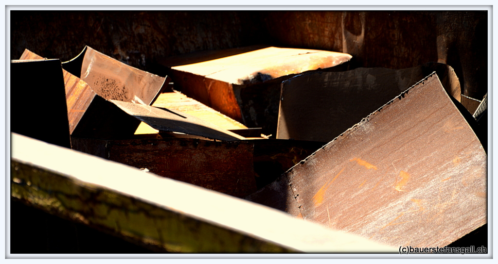 NYC metall boxes