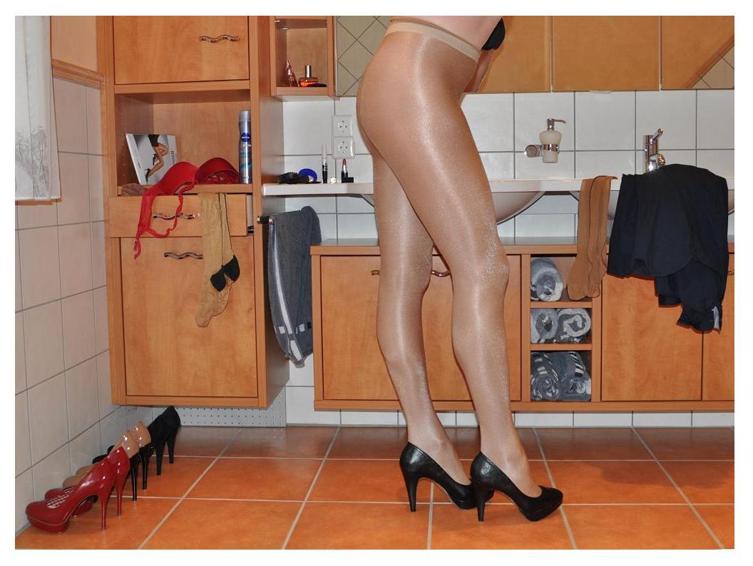 Nylons & Heels 40