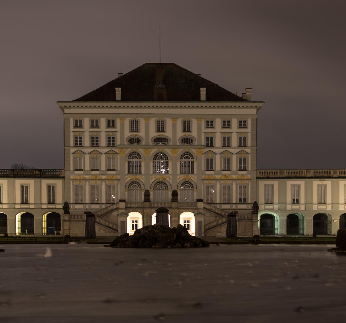 Nymphenburger Schloss bei Nacht