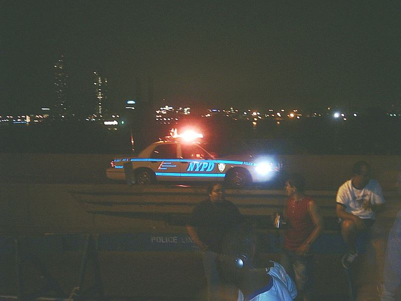 NYPD in Nacht