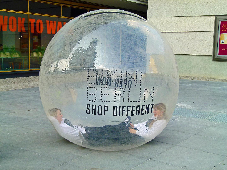 ;o))) 100 Meisterwerke : die Konsumblase