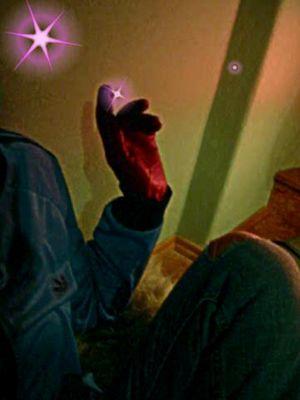 ob es an den roten handschuhen liegt....