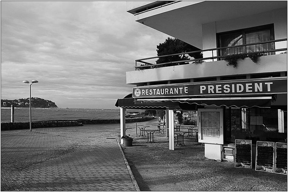 [ obama never ate here ]