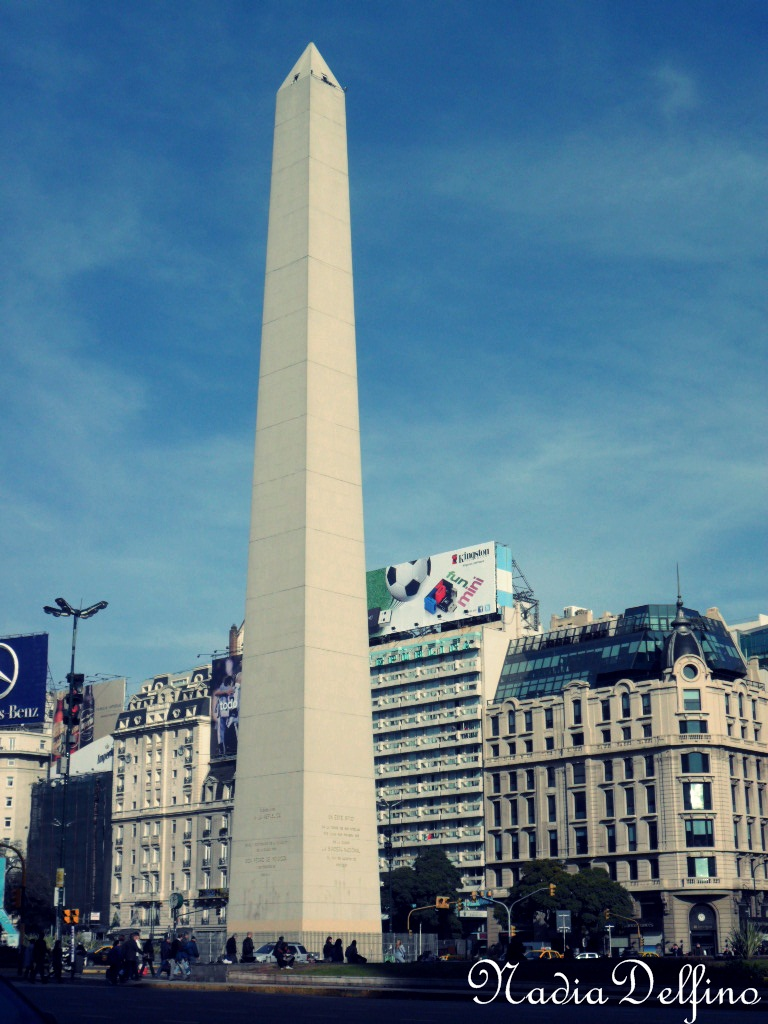 Obelisco de Bs.As de dia