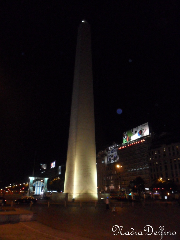 Obelisco de Bs.as de noche
