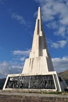 Obelisco - Pampa de la Quinua - Ayacucho - Perú