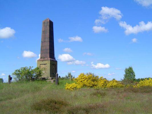 Obelisk in der Döberitzer Heide
