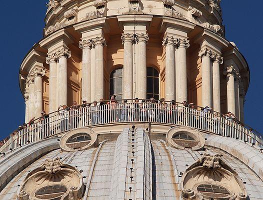 oben auf der Kuppel