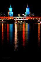 Oberbaumbrücke (Berlin) bei Nacht