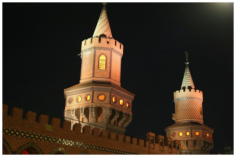 Oberbaumbrücke by Night