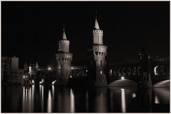 Oberbaumbrücke [monochrome]