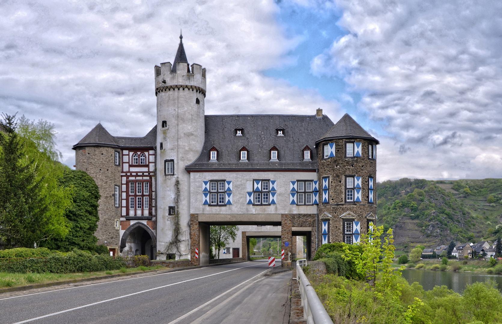 Oberburg - Schloss von der Leyen