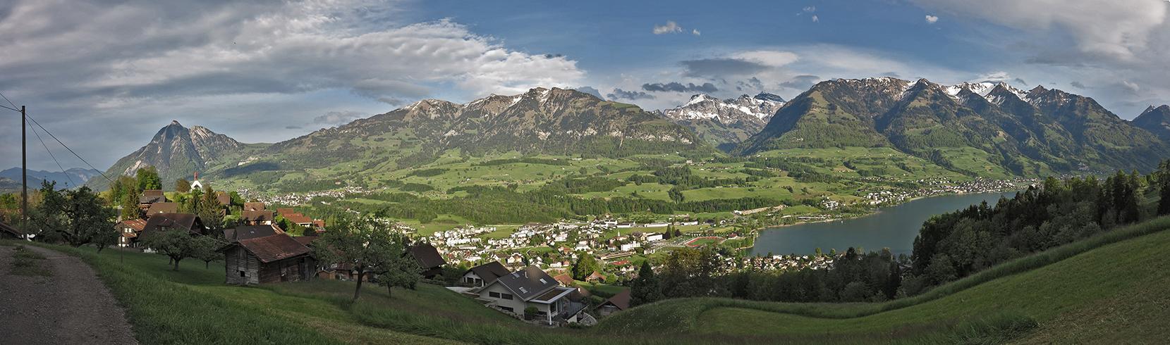 Oberhalb Ramersberg die Aussicht geniessen (1)