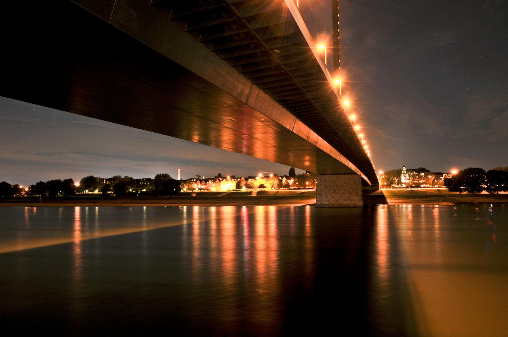 Oberkasseler Brücke, Düsseldorf