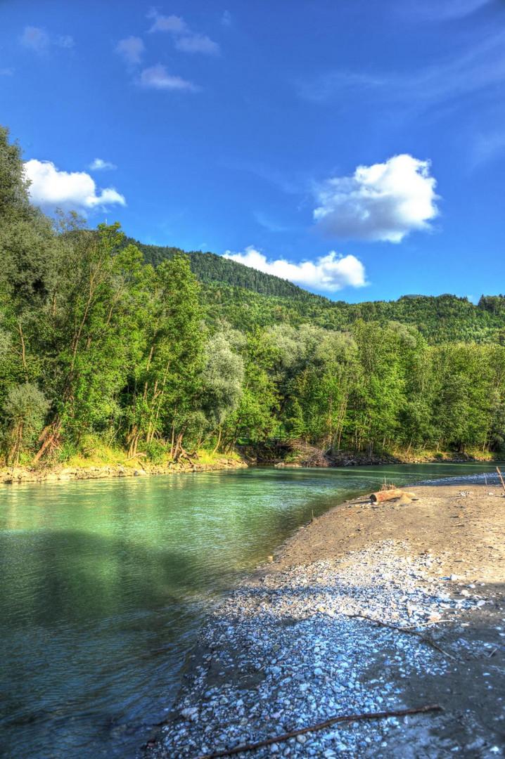 Oberwössen, Oberbayern, Flusslauf mit etwas HDR