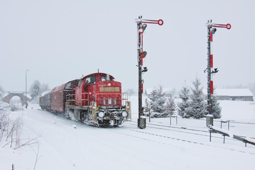 Ob's stürmt, ob's schneit, DB Schenker ist alle Zeit bereit!