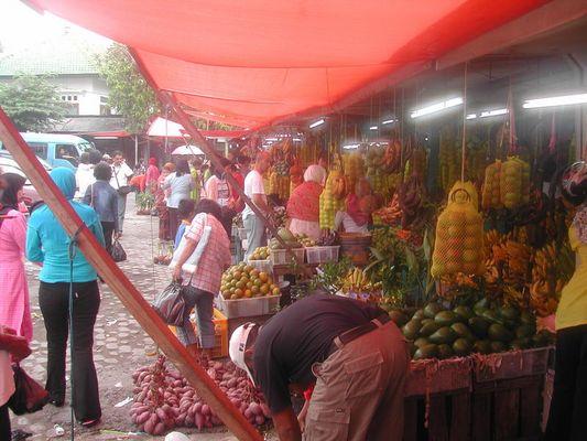 Obstmarkt am Tretes