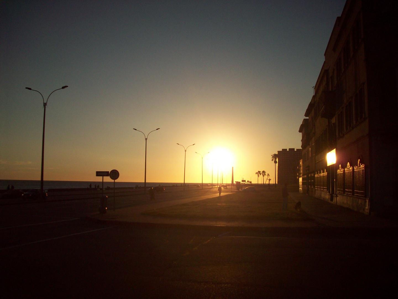 Ocaso en Montevideo.