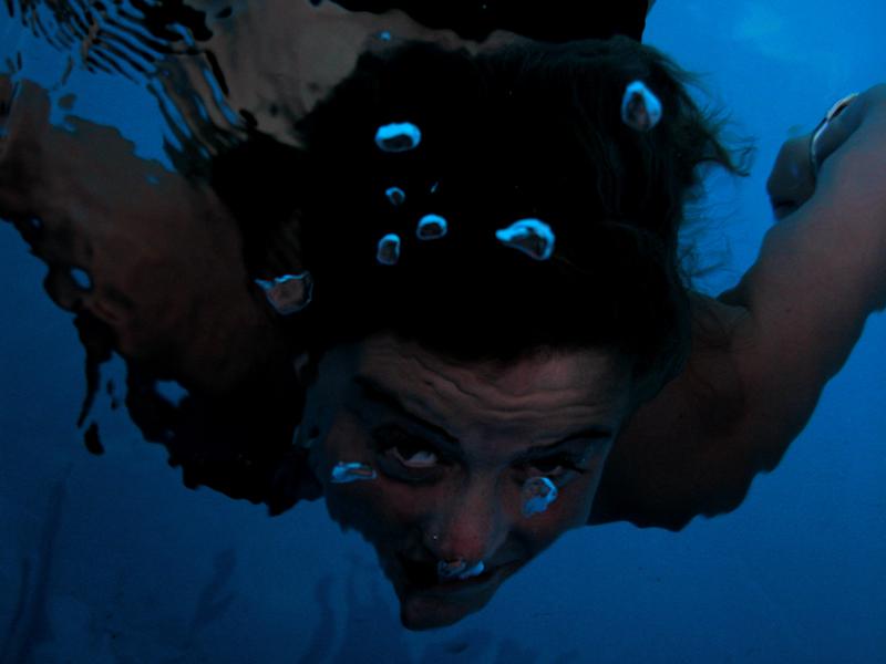 occhi nell' acqua