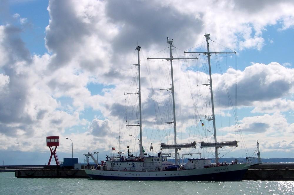"""""""Oceania"""" Polnische Dreimast Bark im Hafen von Sassnitz / Rügen"""