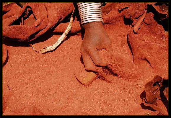 Ocra..il colore della terra d'Africa