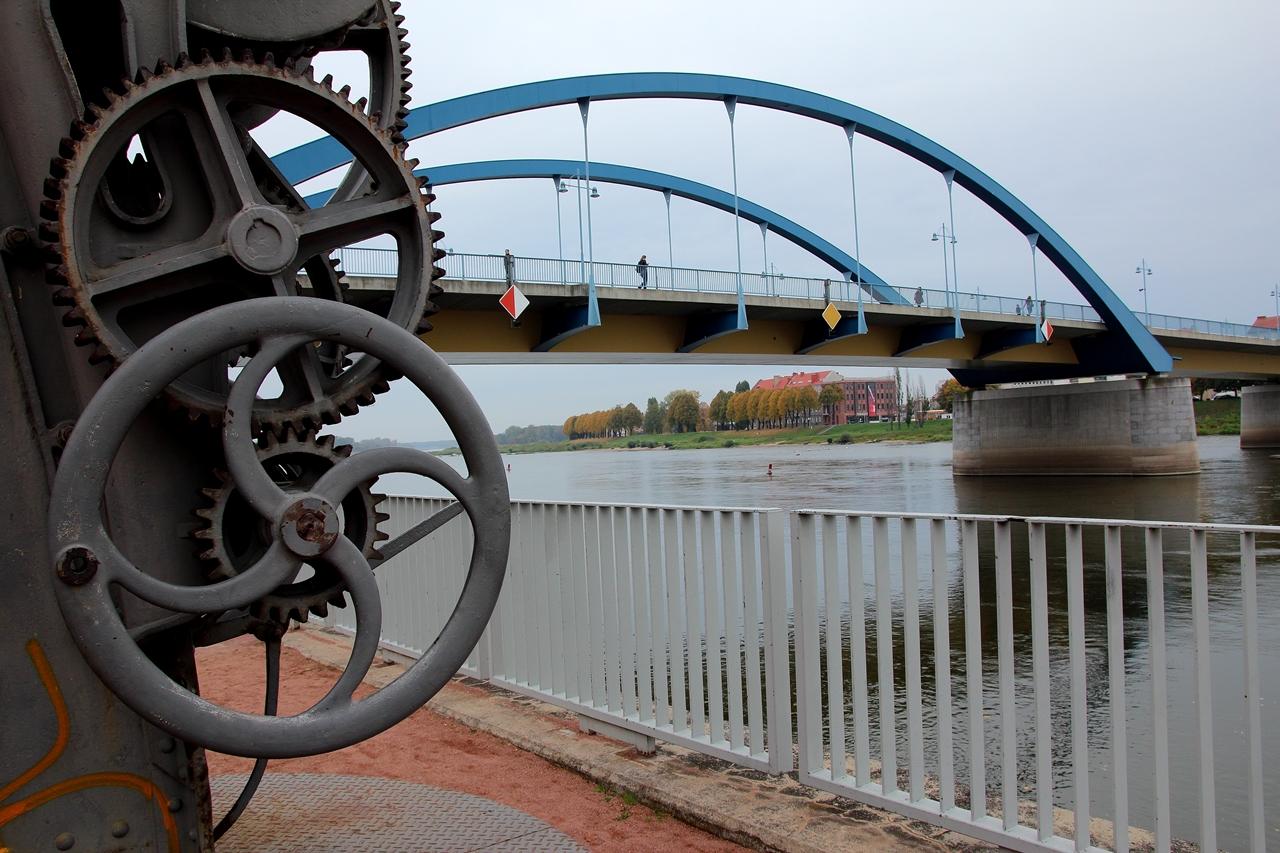 Oderbrücke 01