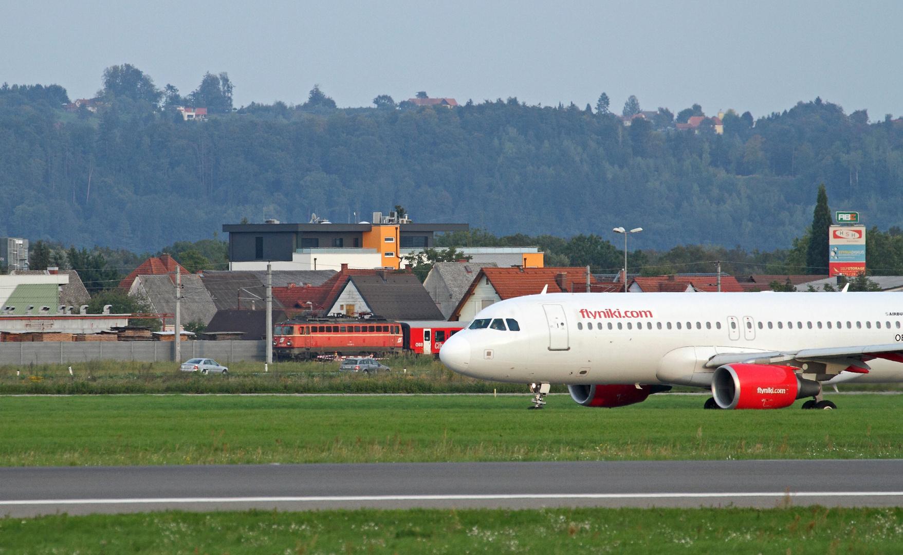 'ÖBB 1142 meets Airbus'