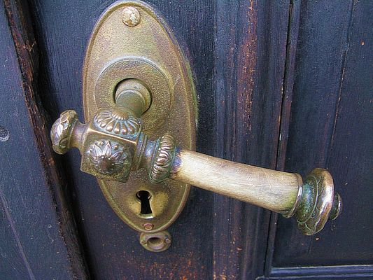 Öffnen wir die Tür zur neuen Woche - We open the door into a new week