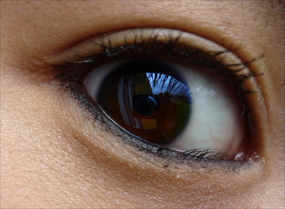 Oeil.