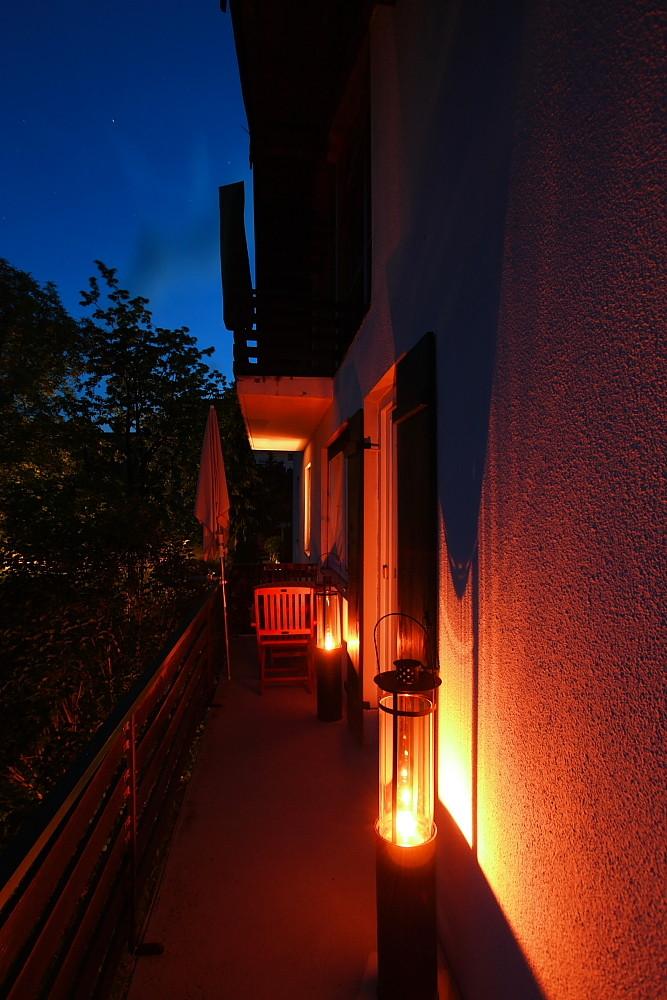 Öllampen auf dem Balkon