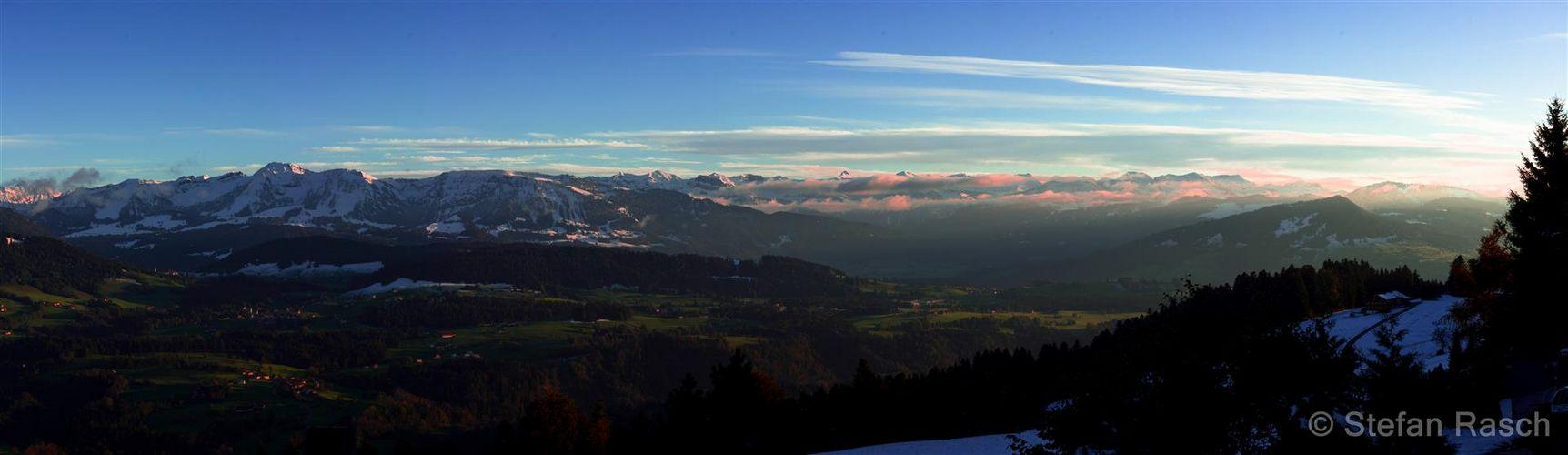 Österreichische Alpen - Blick von Sulzberg