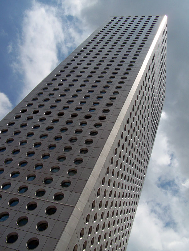 Office Building in Hong Kong (2)