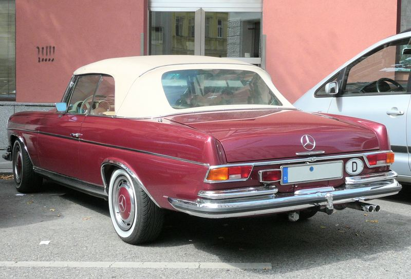 Oh Lord, won't you buy me a Mercedes Benz ? (Janis Joplin)