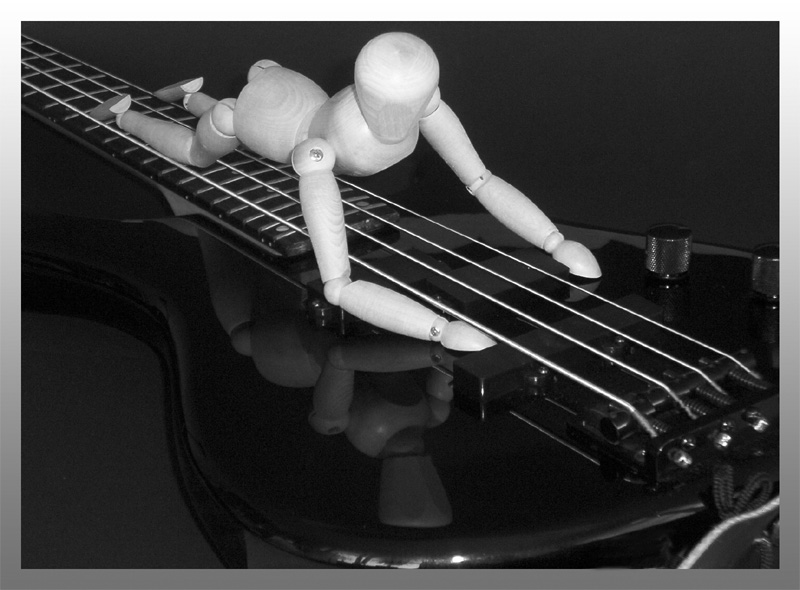 """"""" Ohhh, mein Bass...."""""""