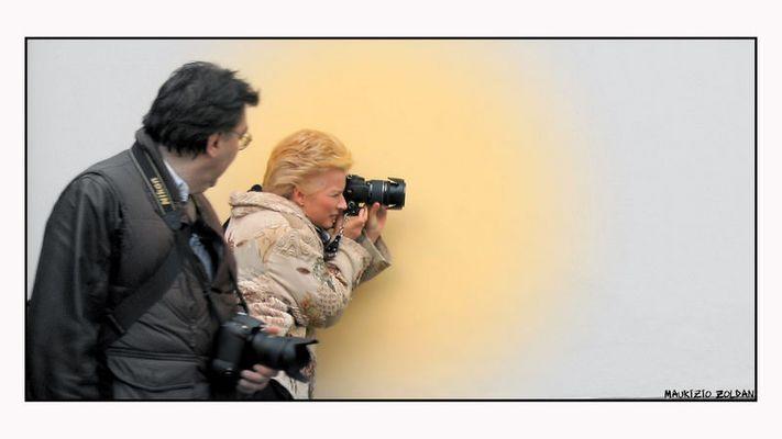 Ohibò, una fotografa.... Non me l'aspettavo.............
