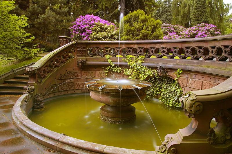 Ohlsdorfer Friedhof - Brunnen