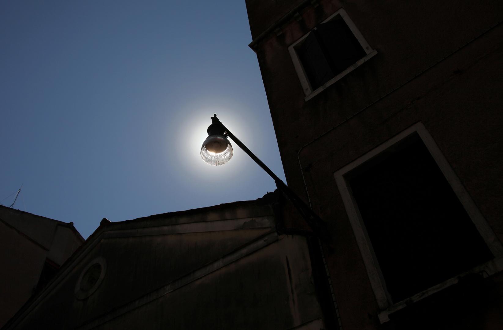 ..ohne Strom leuchtet auch
