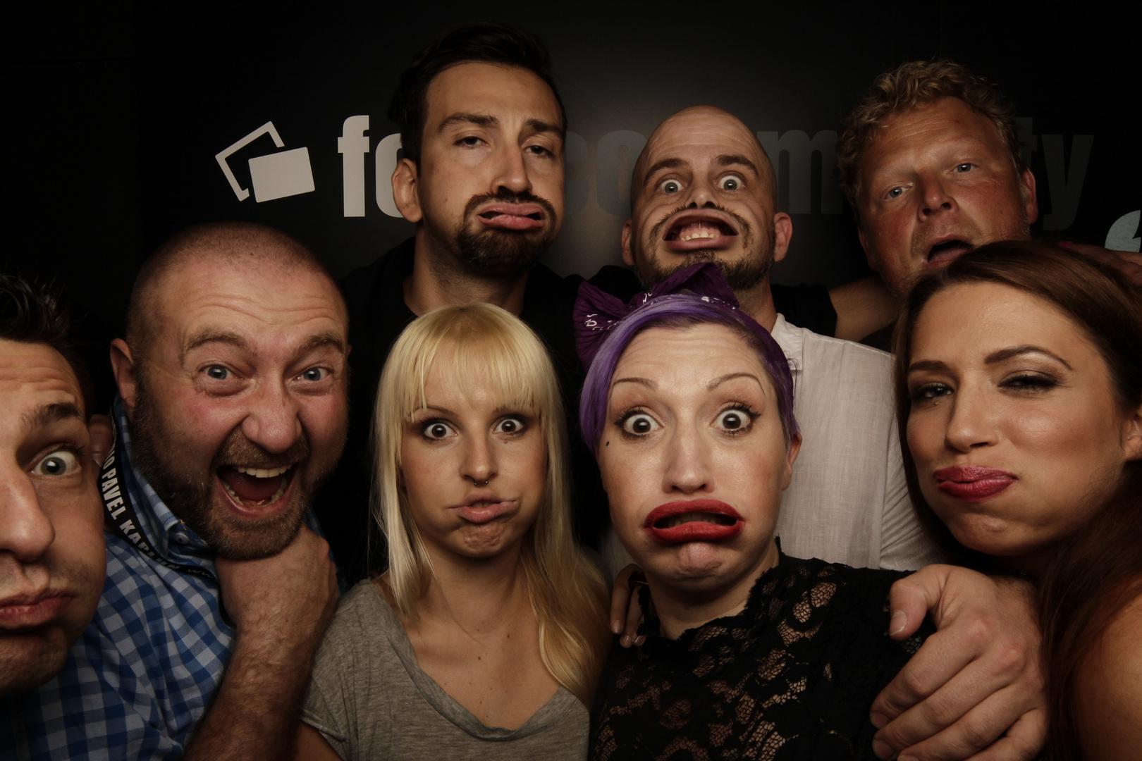 Ohne Worte - fotocommunity Partygäste