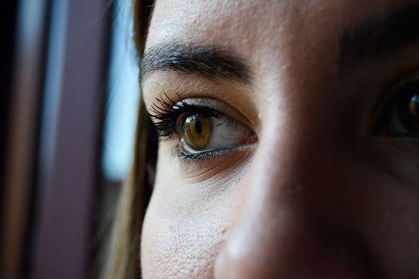 Ojos que no miran a ninguna parte.