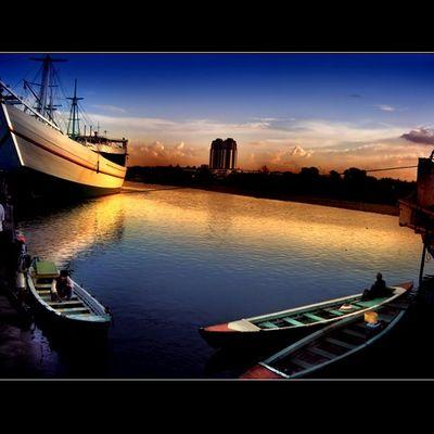 Old Batavia Harbour