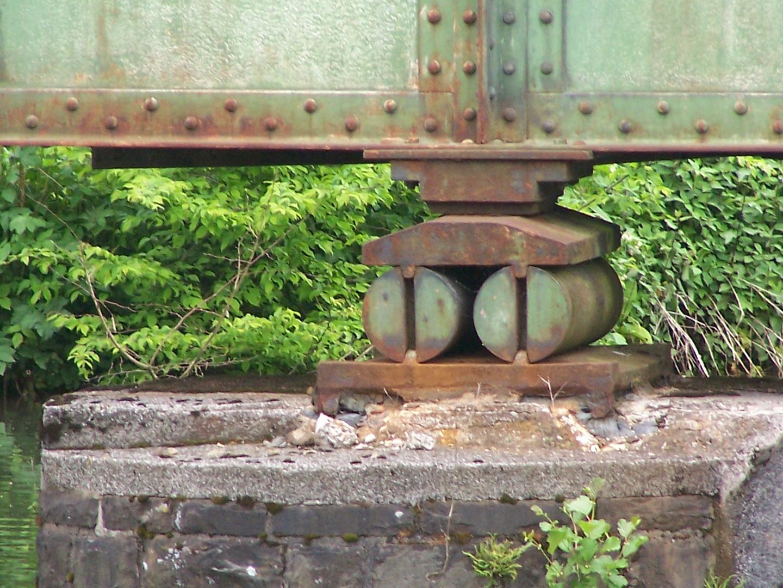 old brigde bearing