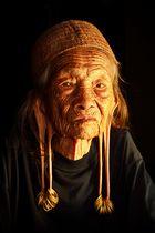 Old woman from Dayak Kenyah tribe