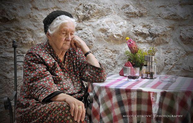 Old women dozing