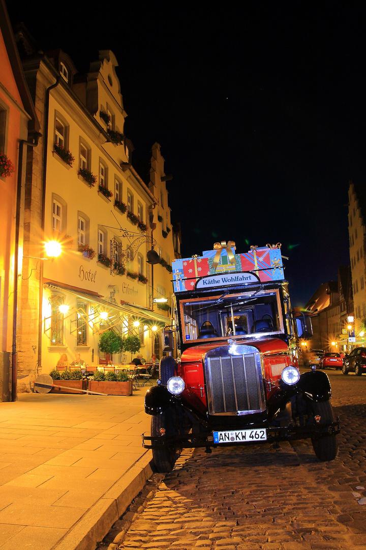 Oldie bei Nacht in Rothenburg ob der Tauber
