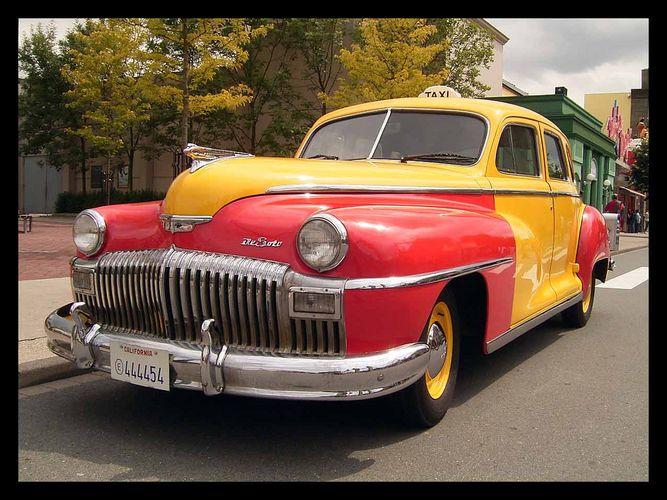 Oldtimer - 1947 DeSoto Skyview Taxi