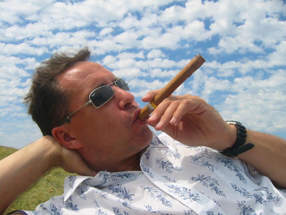 Olli & Cigar