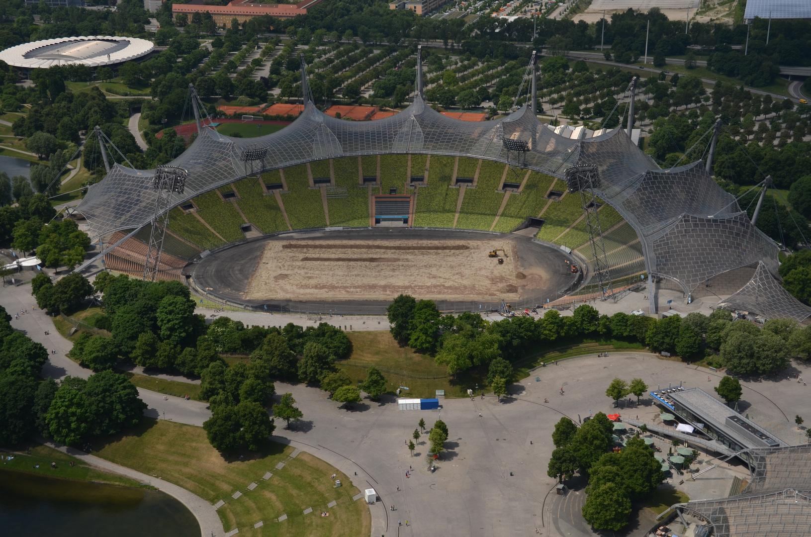 Olympiastadion vom Olympiaturm aus.
