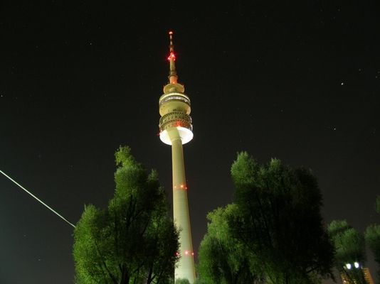 Olympiaturm ganz groß