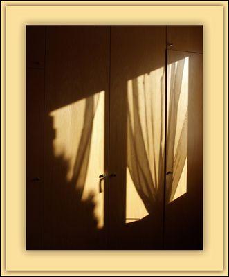 Ombres et lumière intérieures - Licht und Schatten im Inneren.